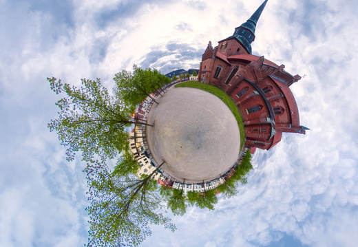 Little Planet Panorama Kirche 1