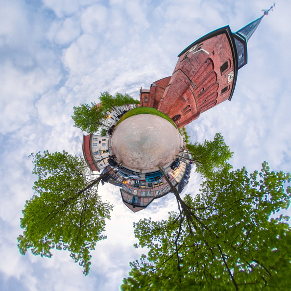 Little Planet Panorama Kirche 3.jpg